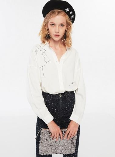 Twist Silüet Figürlü Gömlek Beyaz